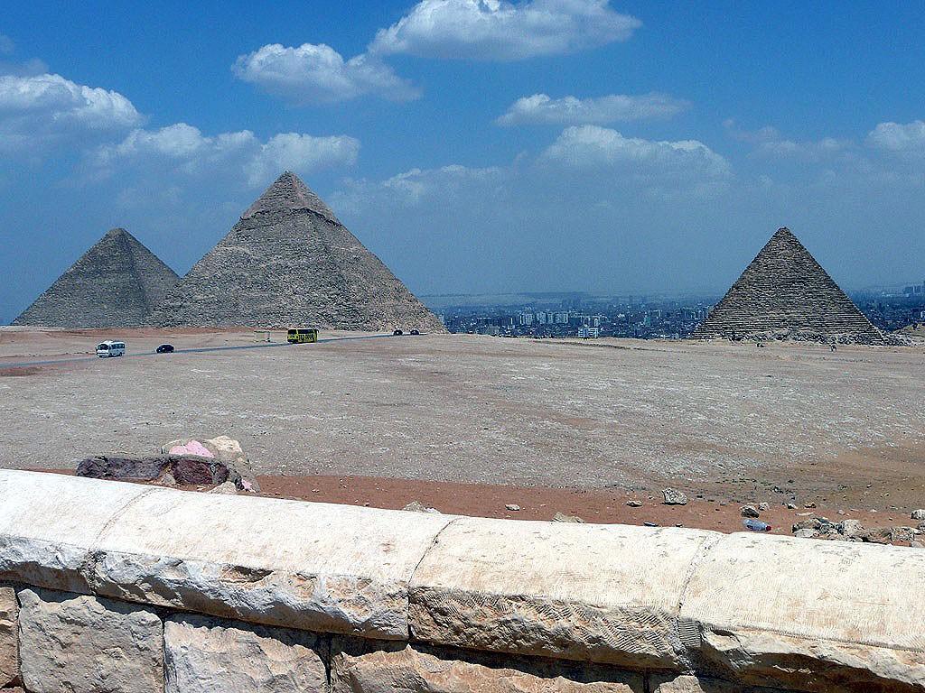 PyramidsofGiza